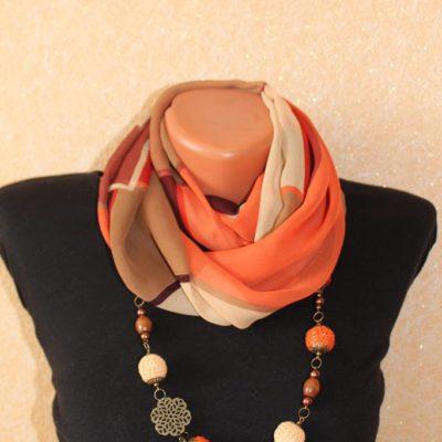 Шифоновый шарф с бижутерией ручной работы